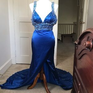 Mori Lee Beaded Formal Dress Royal Blue Size 3/4